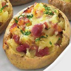 Πατάτες γεμιστές με μπέικον και τυρί