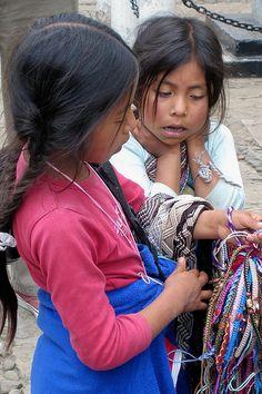 Little street vendors . Mexico