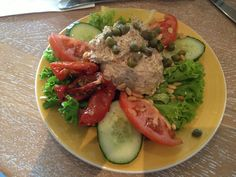 Just finished my first hour Personal Training. Now it's time for my second Breakfast (Tuna Salad, Dried Tomatoes, Fresh Tomatoes, Cucumber, Green Salad) & than up to my next appointment for the day.   Like, Share, Comment & i Wish you a Great Blessed Life #gym #succeed #happy #tuesday #love #support #respect #goal #nice #personaltraining #lifestyle #secret #smile #health #comment #invest #change #integrity #inspiration #challenge #believe #feel #achieve #amsterdam #positive #choice #success