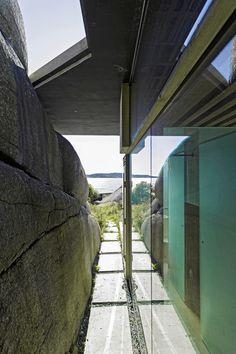 tiny modern cabin - Lund Hagem Architects - Freshome