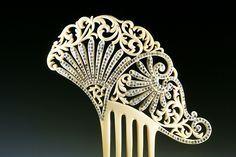 http://www.pinterest.com/mummyandannie/peinetas-hair-combs/