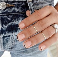 34 Nail Art Ideas So subtle that you can wear them anywhere - even if you . - 34 Nail Art Ideas So subtle that you can wear them anywhere – even if you … – Nail Polish – - Diy Nails, Cute Nails, Pretty Nails, Neon Nails, Pretty Short Nails, Cute Simple Nails, Gelish Nails, Minimalist Nails, Minimalist Art