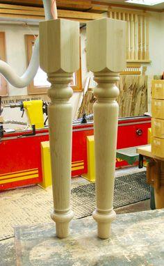 Tips fоr Using Woodturning Lathe Wood Furniture Legs, Dining Furniture, Diy Furniture, Wood Turning Lathe, Wood Lathe, Staircase Railing Design, Sofa Layout, Dining Table Legs, Tea Light Holder