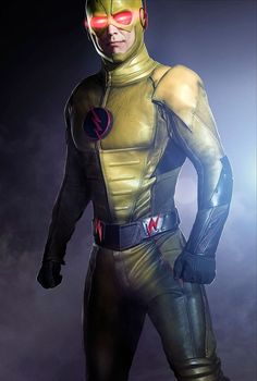 A new poster gives us the first official look at Tom Cavanagh as the Reverse Flash on The CW's The Flash. The Flash Poster, New Poster, Reverse Flash, The Cw, Marvel Dc, Eobard Thawne, Flash Tv Series, Flash Barry Allen, The Flash Season