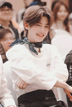 Justin Huang, Yuehua Entertainment, Percents, Chinese Boy, My One And Only, Best Memories, Handsome Boys, Boy Groups, Ulzzang