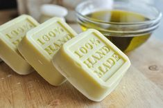 Want to know how to make soap? Use this simple recipe and be lathering up with your own homemade soap in no time. Olive Oil Soap, Homemade Soap Recipes, Soap Bubbles, Home Made Soap, Bar Soap, Soap Making, Crafts To Sell, Gourmet Recipes, Gourmet Foods