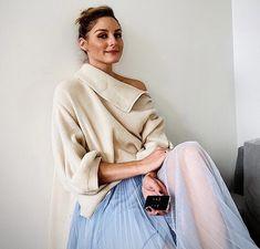Olivia Palermo Lookbook, Olivia Palermo Style, New York Socialites, Blue Pleated Skirt, Gigi Hadid Outfits, Pretty Ballerinas, Eva Longoria, Fashion 2020, Fall Fashion