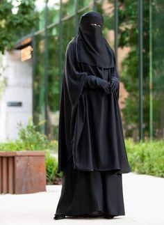 Mahasen Jilbab Set in Classic Black – Al Shams Abayas Hijab Niqab, Muslim Hijab, Niqab Fashion, Fashion Poses, Islamic Fashion, Muslim Fashion, Black Abaya, Girl Hijab, Beautiful Hijab