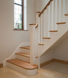 Ideas for wooden stairs design painted staircases White Staircase, Wood Staircase, Stair Railing, Staircase Design, Staircase Ideas, Handrail For Stairs, Stairs With Landing, White Banister, Banister Ideas
