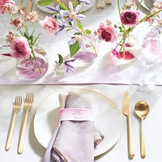 DIY watercolor table runner and napkins for the wedding #marthastewartcrafts
