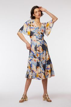 Gorman Clothing, Short Sleeve Dresses, Dresses With Sleeves, Silk Dress, Clothes, Vintage, Style, Fashion, Silk Gown