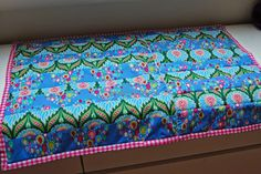 Decke aus Röcken und Bettlaken / Blanket made from skirts and a blanket / Upcycling