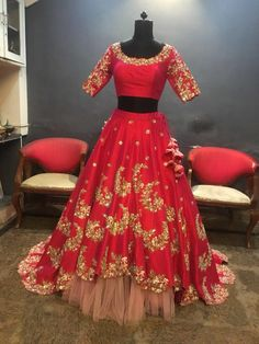 All Ethnic Customization with Hand Embroidery & beautiful Zardosi Art by Expert & Experienced Artist That reflect in Blouse , Lehenga & Sarees Designer creativity that will sunshine You & your Party Worldwide Delivery. Half Saree Lehenga, Red Lehenga, Party Wear Lehenga, Lehnga Dress, Lehenga Blouse, Sarees, Wedding Outfits For Groom, Bridal Outfits, Bridal Dresses