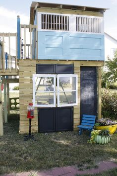 Upcycle Playhouse - I want to make this for all of the kids in our lives.