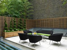 Contemporary Deck by Levitate