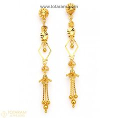 How To Clean Gold Jewelry With Baking Soda Gold Chandelier Earrings, Hanging Earrings, Gold Drop Earrings, Women's Earrings, Gold Earrings For Women, Gold Earrings Designs, Necklace Designs, Indian Gold Jewellery Design, Jewelry Design