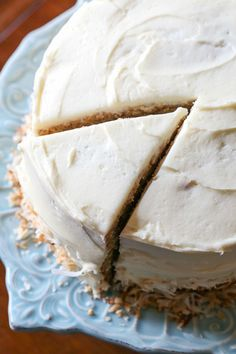 This is truly the Best Banana Cake Recipe ever! It's soft, sweet with the perfect amount of banana and it's topped with creamy frosting! Banana Recipes, Cake Recipes, Dessert Recipes, Picnic Recipes, Amish Recipes, Sweet Recipes, Mini Cakes, Cupcake Cakes, Cupcakes