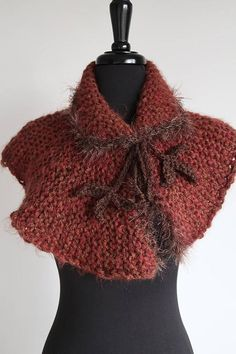 Outlander Inspired Amber Brown Sienna Color Chunky Knitted Crochet Capelet Pattern, Knitted Capelet, Crochet Shawl, Knit Crochet, Outlander Knitting, Crochet Leaves, Knit Scarves, Costume Accessories, Neck Warmer