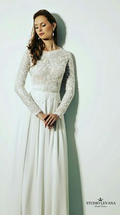 Modest wedding gown with long sleeves. Topaz. Stufio Levana