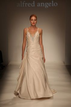 Alfred Angelo Style 2183 Ivory