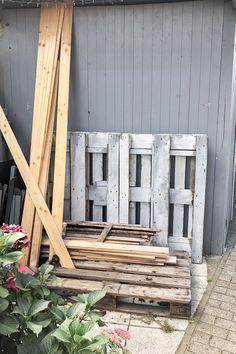 Pflanztisch DIY - upcycling - delari Diy Upcycling, Diy Projects, Backyard, Texture, Wood, Garden, Crafts, Outdoor, Yard Ideas