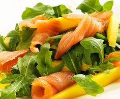 Para empezar, ¿qué tal una ensalada de rúcula, salmón y mango? Apunta lo que necesitas: una bolsita de rúcula, un mango maduro y 150 gramos ...