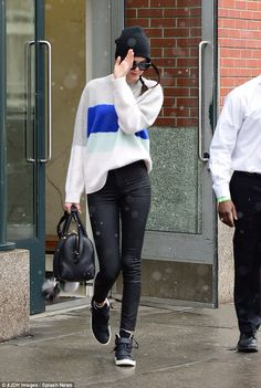 Kendall Jenner- Proenza Schouler sweater