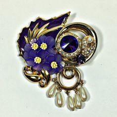 Vintage Rhinestone Flower and Ribbons Brooch Pin