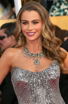 Celebrity Hairstyles: The Hottest Hairstyles in Hollywood Right Now - Sofia Vergara's loose curls