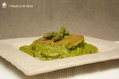 Le Cotolette di Seitan agli Asparagi sono un piatto light e completo se lo integriamo con qualche fetta di pane o del riso!