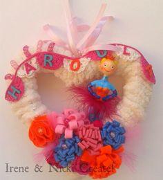 Felt Wreath, Crochet Necklace, Wreaths, Crafts, Jewelry, Design, Manualidades, Jewlery, Door Wreaths