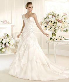 SOLSONA » Wedding Dresses » 2013 Glamour Collection » La Sposa
