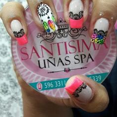 Uñas decoradas con atrapasueños Hot Nails, Hair And Nails, Nail Designs 2017, Feather Nails, Magic Nails, Unicorn Nails, Bright Nails, Bling Nails, Stiletto Nails