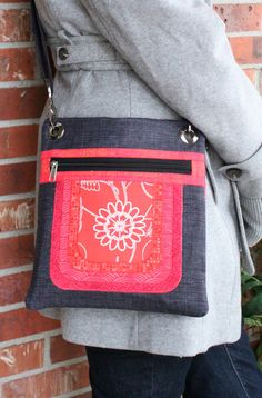 Cassidy Crossover Purse Pattern