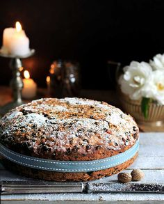 An old family fruitcake recipe that simply cannot flop. It's Heksie Hartley's Christmas cake. Christmas Pudding, Christmas Baking, Christmas Cakes, Christmas Goodies, Christmas Recipes, No Bake Desserts, Delicious Desserts, Yummy Food, Cake Recipes