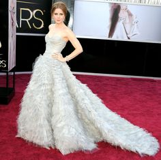 Stars Wedding-Inspired Red Carpet Dresses: Amy Adams ideas for feminine inspired photoshoot  - dress/hair/accessories