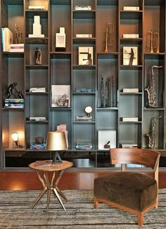 Bookshelves are not just a place to put books or other items but can also be your home decoration. Bookshelves can be placed in a corner of an unused room or look empty. Interior Architecture, Interior And Exterior, Interior Design, Bookcase Shelves, Bookshelf Ideas, Unique Bookshelves, Office Bookshelves, Large Bookcase, Modern Bookshelf