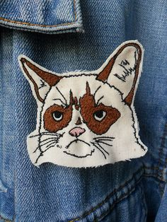 {Grumpy Cat Embroidered Brooch}