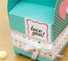 Cricut Craft Room™ Exclusives, Valentine's 3D Mailboxes - Cricut Shop