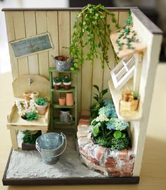 Mini yard, like the mini stand, use mini popsicle sticks and long doles