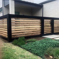 Top 60 Best Modern Fence Ideas - Contemporary Outdoor Designs Angled Wood Excellent Exterior Ideas M Modern Wood Fence, Modern Fence Design, Fence Wall Design, Wooden Fences, Diy Fence, Backyard Fences, Fence Ideas, Fence Gate, Brick Fence