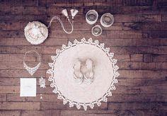 sessun-oui-moon-laelia-aloysia-bellis Handmade Rugs, Decorative Plates, Moon, Holiday Decor, Wedding Dresses, Cer, Wedding Ideas, Sugar, Crochet