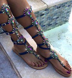 d9e17b1061 85 najlepších obrázkov z nástenky sandále