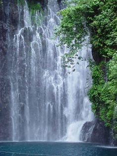 Tinago Falls is a waterfall in Iligan City, Lanao del Norte in the southern Philippine island of Mindanao, and every tourist should never leave this city not able to visit this hidden beauty. It is one of the main tourist attractions in Iligan, a city known as the City of Majestic Waterfalls.