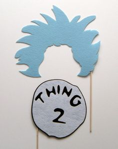 Thing Two photo booth prop on a stick via Etsy Twin Birthday, 2nd Birthday Parties, Themed Parties, Photo Booth Props, Photo Booths, Party Photos, Diy Party, Fall Halloween, Party Time