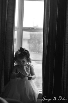 Honey B Photos fort worth childrens photography #windowseat