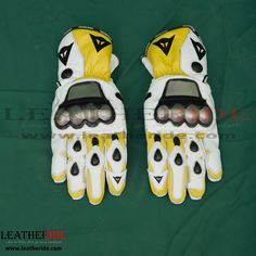 2010 Ben Spies Leather Motorbike Gloves These high profile motorbike leather gloves are designed for a perfect match with Ben Spies 2010 MotoGP race suit.   http://leatheride.com/2010-ben-spies-leather-motorbike-gloves/  #2010BenSpies, #LeatherMotorbikeGloves #RidingGloves