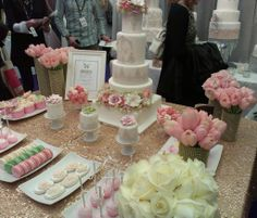 The Wedding Show review is on the blog TODAY! Featuring these sweet favours from Cookie Couture.