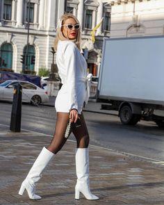 #pegahpourmand #london White Jeans, London, Pants, Fashion, Trousers, Big Ben London, Fashion Styles, Women Pants, Women's Pants