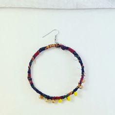 Maxi orecchino . . .  . . #orecchino di #stoffa #orecchini #tessuto #glitter #fabric #tissue #maxi #earrings #earringsoftheday #recycle #riciclo #red #blue #rosso #ilovenature  #handmade #italianstyle #jewerly #jewerlyshop #unique #boho #bohochic #bohemian #madeinitaly #handmadejewelry #elenalucc #fashion #unconventional #myart